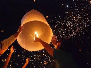 Фото: У Полтаві на День Валентина влаштують флешмоб із тисячею літаючих ліхтариків