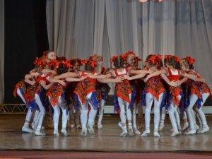 Фото: Полтавський танцювальний колектив відзначили на Міжнародному конкурсі (фото)