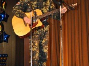 Фото: Молодь та ветерани у Полтаві змагалися на конкурсі військової пісні (фоторепортаж)