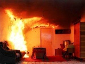 Фото: Граючись, 7-річний полтавець ледь не спалив квартиру