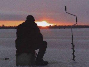 Фото: Полтавця, який захопився риболовлею, шукала міліція