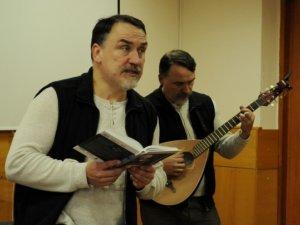 """Фото: Брати Капранови у Полтаві заспівали """"кобза-реп"""" для студентів (+фото)"""