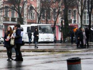Фото: У центрі Полтави сьогодні перевіряли людей на туберкульоз