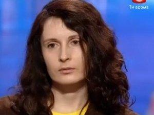 Фото: Вчителька з Полтави заспівала на шоу «виховну» пісню й назвала публіку п'яною (відео)