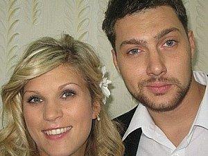 Олег Кензов став батьком і взяв у куми зіркового тренера (фото)