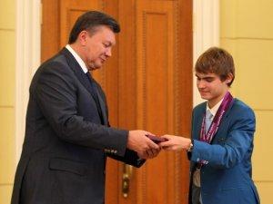 Фото: Полтавець Євген Богодайко став лауреатом премії «Герої спортивного року-2012»