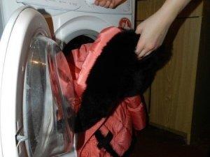 Фото: Як почистити самостійно пуховики, пальта та хутряний одяг