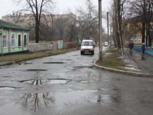 Фото: Влада пообіцяла, що з наступного тижня у Полтаві стартує ремонт доріг