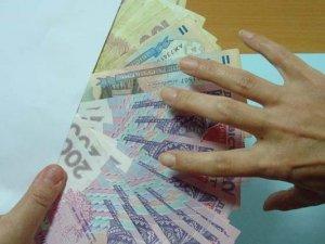 Нове опитування: Якщо терміново потрібні гроші, де Ви їх візьмете?