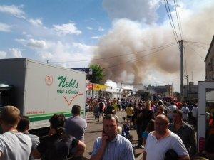 Фото: У Полтаві зараз горить Центральний ринок (+ фото)