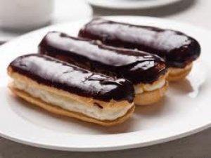 Фото: У полтавській школі учням продавали заборонені солодощі та напої