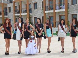 Фото: Маленька полтавка стала переможницею міжнародного конкурсу краси