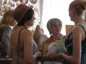 Фото: Полтавська художниця Віра Варвянська обрала свій фах у три роки (+фото)