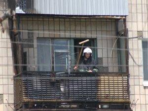 Фото: У Полтаві пожежа: горіла багатоповерхівка. Фотофакт