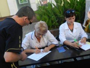 Фото: У Полтаві на вулиці тестували на гепатит: реалії проблеми (+фото)