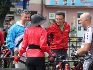 Фото: Полтавські леді влаштували Велопарад. Фоторепортаж