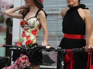 Фото: Велопарад Дівчат у Полтаві: чоловіки розповіли, що таке сексуальність. Відео