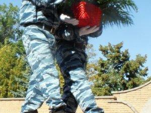 Фото: Полтавські міліціонери пом'янули загиблих колег (+фото)