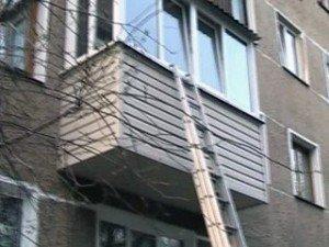 Фото: Поки полтавка говорила з сусідкою, її маля залишилось у зачиненій квартирі