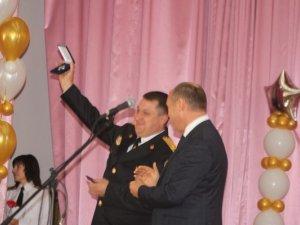 Фото: Міського голову Полтави нагородили орденом за мужність