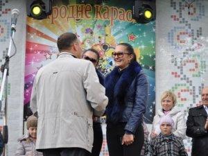 Фото: У Глобино влаштували парад близнюків (фото)