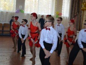 Фото: Полтавська гімназія №13 відсвяткувала одночасно дві події (репортаж)