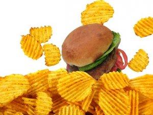 Нове опитування: Від якої шкідливої їжі Ви не можете відмовитись?