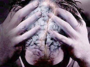 Розвінчуємо 7 найпоширеніших міфів про психічнохворих та психіатрів