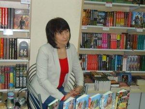"""Фото: """"Коло"""" оголошує благодійну акцію збору книг для сільських бібліотек"""