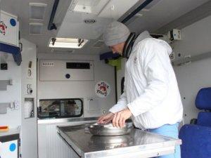 Фото: Австрійці в Полтаві безкоштовно стерилізуватимуть чотирилапих (+фото)