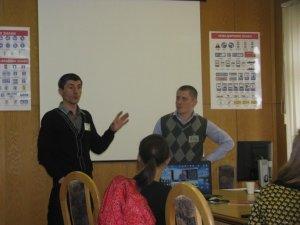 Фото: Полтавців безкоштовно навчатють своїм правам (відео лекції)