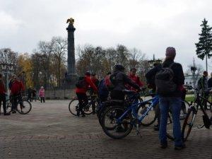 Фото: Полтавські велосипедисти проїхалися осіннім містом (+фото)
