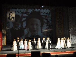 Фото: На вечір пам'яті Володимира Тарасенка зібрався аншлаг у театрі імені Гоголя (+ фото)