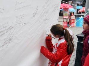 """Фото: У Полтаві пройшла акція """"Послання пам'яті"""". Фотоогляд"""