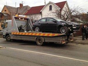 Фото: Затвердили  нові тарифи на транспортування авто на стоянку та зберігання при затриманні