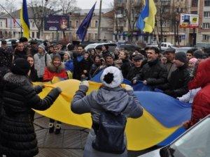 Фото: Депутати Полтавської облради три години обговорювали події на Євромайдані та ситуацію в країні