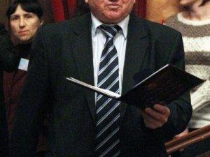 Фото: Полтавським чиновникам до свята виділили премії (фото)