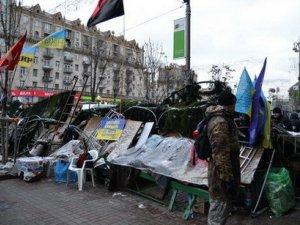 """Останні новини - """"майданівці"""" чекають штурму"""