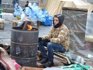 Блокада Майдану: мітингувальників почали морити голодом і холодом