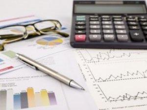 Українцям з високими зарплатами доведеться обов'язково декларувати доходи