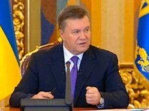 Фото: Янукович ввів кримінальну відповідальність за захоплення будівель та організацій