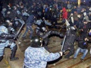 Фото: Суд заборонив масові акції у центрі Києва: очікують розгін Євромайдану