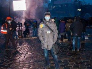 """Фото: Кияни всю ніч підвозили бажаючих на власних авто на Майдан, серед них журналіста """"Кола"""""""