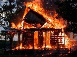 Фото: На Полтавщині за добу згоріли дві лазні