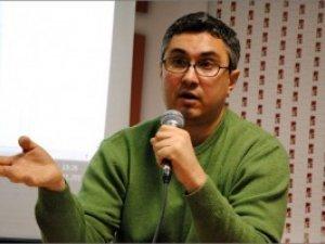 """Фото: Поставте запитання на """"Коло"""" відомому журналісту Вахтангу Кіпіані, який приїде до Полтави"""