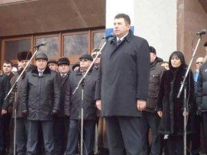 Фото: Удовіченко на мітингу у Полтаві закликав підтримати Януковича і засудив радикалів