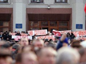 Фото: Віталій Кличко виступив на полтавському Євромайдані. Фотоогляд.