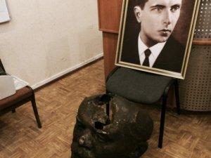 Фото: У Полтаві звалили Леніна