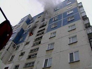 Фото: Пожежа на Полтавщині: з миргородської 9-поверхівки евакуювали 10 людей, є постраждала