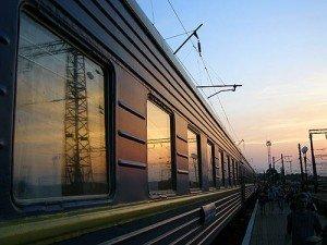 Тимчасово призупинили попередній продаж квитків на потяги до Криму